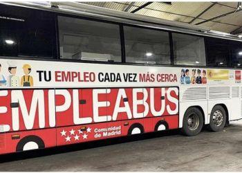 """La Comunidad de Madrid pone en marcha una oficina de empleo móvil bajo el nombre de """"Empleabus"""""""